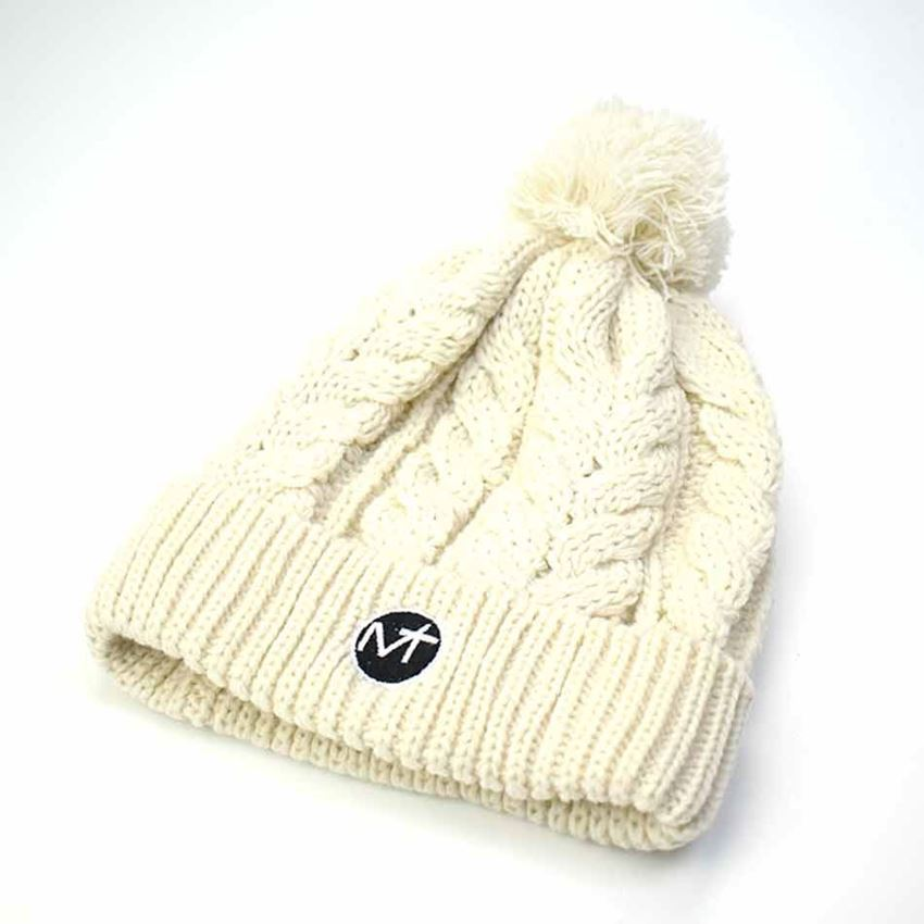 Bild von Cable Knit Bobble Hat - Cream